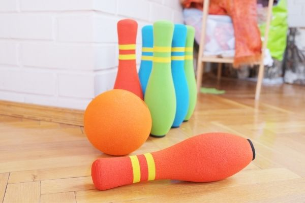 Soft bowling pins and ball for kids